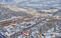 Wordless Wednesday: Snowy Gatlinburg