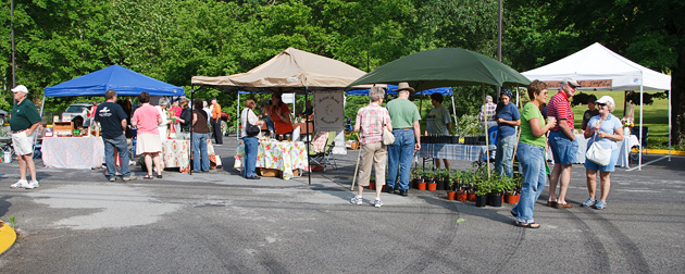 Gatlinburg Farmers Market © William Britten use with permission only