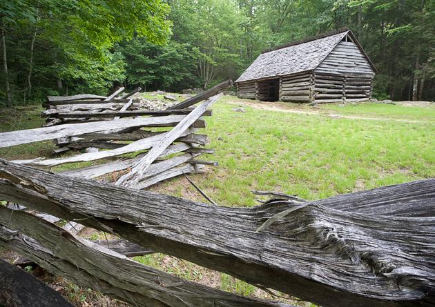 Smoky Mountains photos along the Roaring Fork