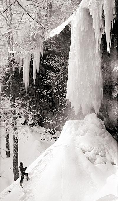 Frozen Rainbow Falls 1958 © University of Tennessee Libraries