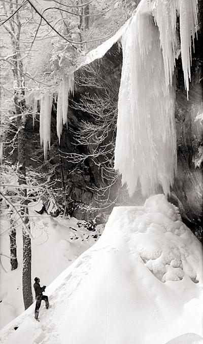 Frozen Rainbow Falls 1958 © University of Tennessee Libraries