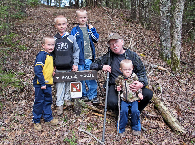 Cohen, Cale, Rylan, Grampy and Lakin starting the Spruce Flat Falls trail