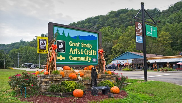 Arts and Crafts Community on Glades Rd.